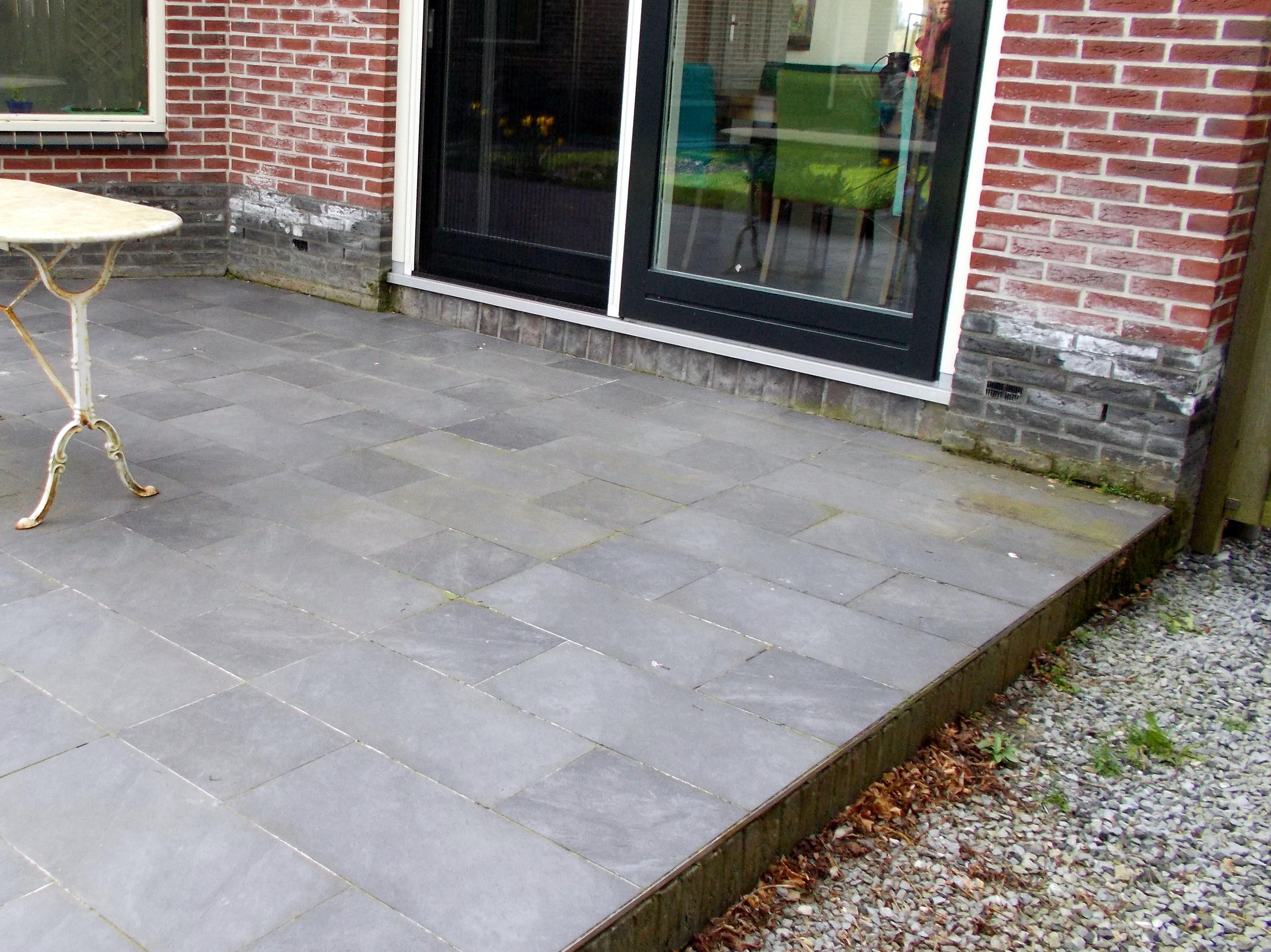 Wateroverlast Tuin Kleigrond : Wat te doen tegen wateroverlast in de tuin of kruipruimte?